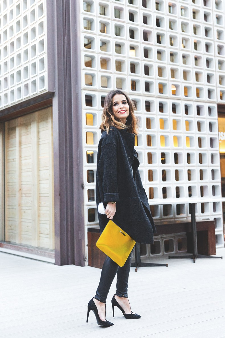 Rebecca_Minkoff_Yellow_Clutch-La_Superbe_Sweatshirt-Madewell-Sezane-Leather_Pants-Outfit-Street_Style-Collage_Vintage-25