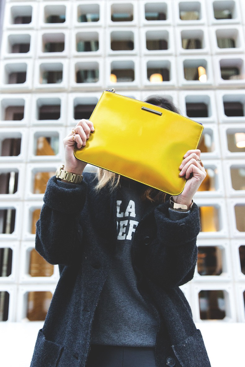 Rebecca_Minkoff_Yellow_Clutch-La_Superbe_Sweatshirt-Madewell-Sezane-Leather_Pants-Outfit-Street_Style-Collage_Vintage-48