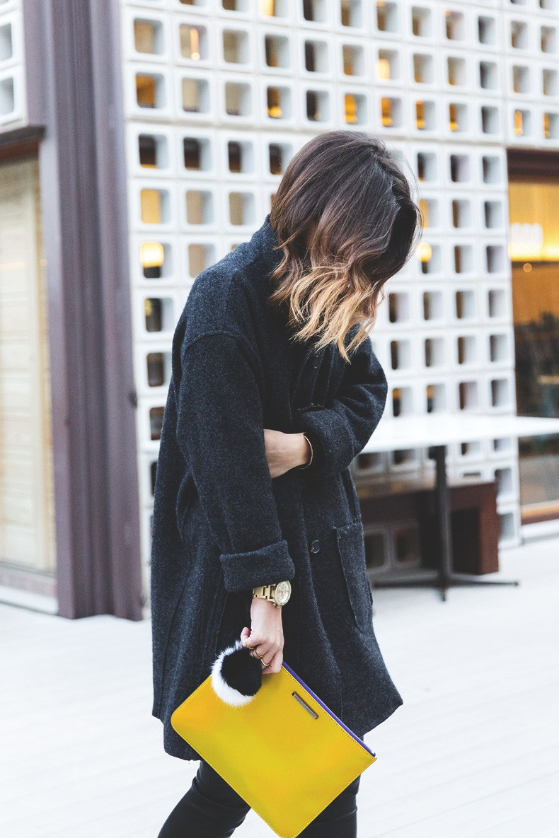 Rebecca_Minkoff_Yellow_Clutch-La_Superbe_Sweatshirt-Madewell-Sezane-Leather_Pants-Outfit-Street_Style-Collage_Vintage-64