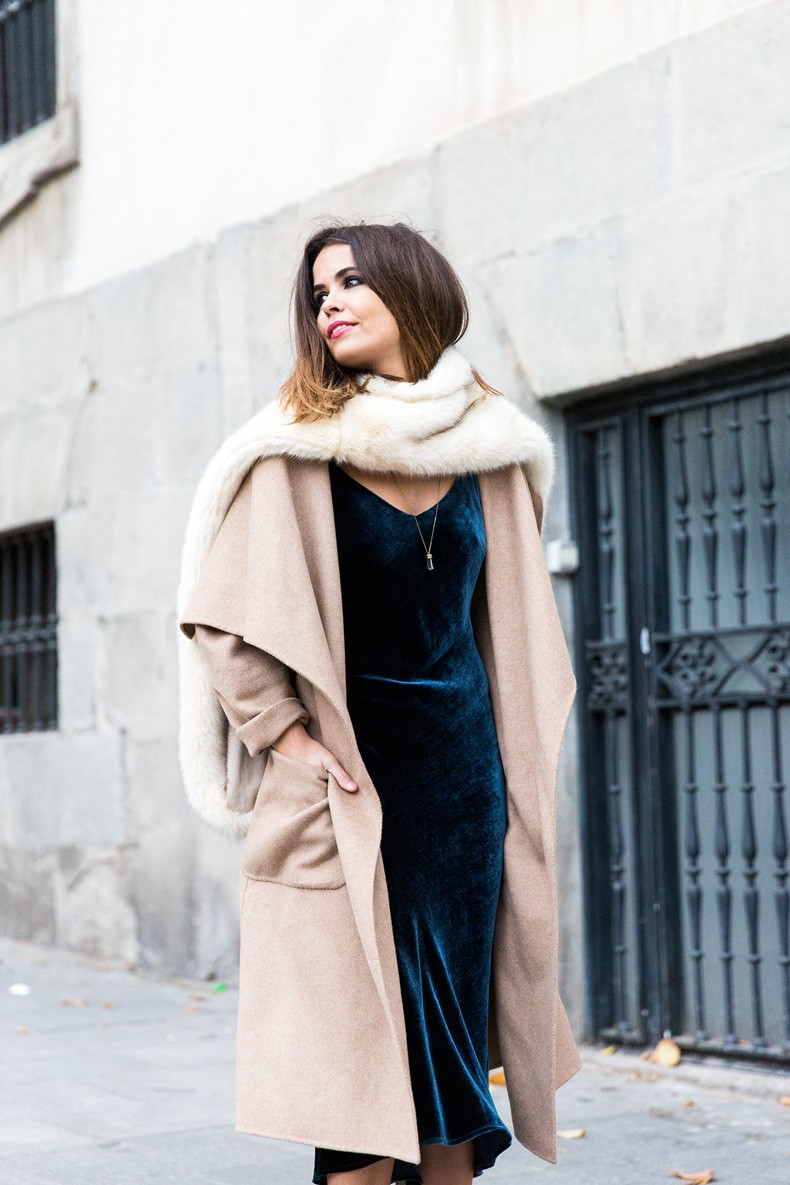 Velvet_Dress-Faux_Fur_Scarf-Party_Outfit-Street_Style-Collage_Vintage-11