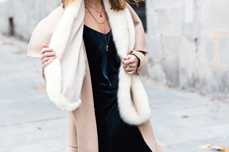 Velvet_Dress-Faux_Fur_Scarf-Party_Outfit-Street_Style-Collage_Vintage-43