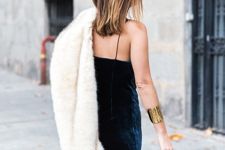 Velvet_Dress-Faux_Fur_Scarf-Party_Outfit-Street_Style-Collage_Vintage-51
