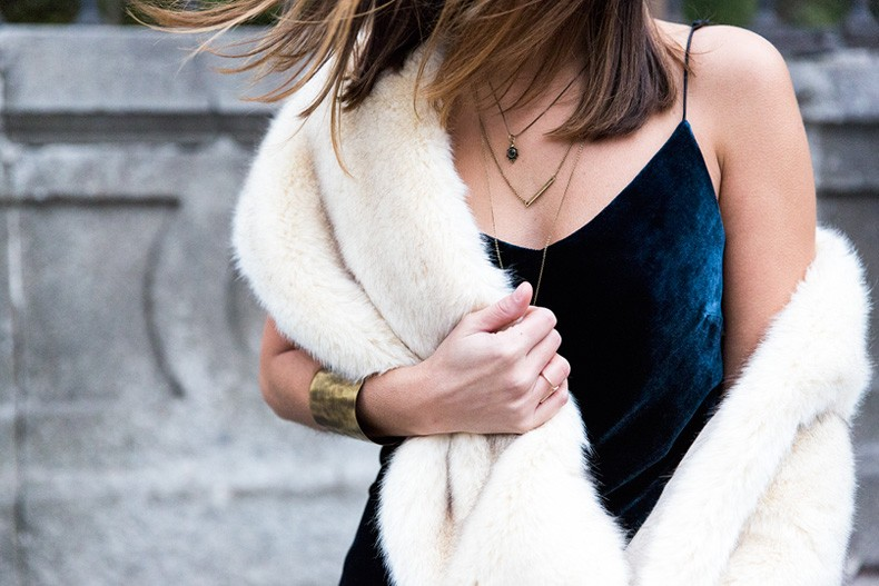 Velvet_Dress-Faux_Fur_Scarf-Party_Outfit-Street_Style-Collage_Vintage-72