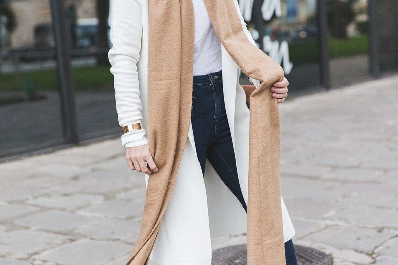 080_Fashion_Barcelona-White_Coat-Proenza_Schouler_Bag-Denim-Street_Style-Outfit-Collage_Vintage-55