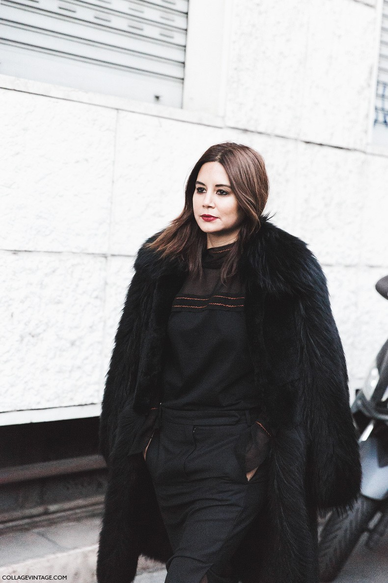 Milan_Fashion_Week-Fall_Winter_2015-Street_Style-MFW-Christine_Centenera-Black_Outfit-Fur_Coat-1