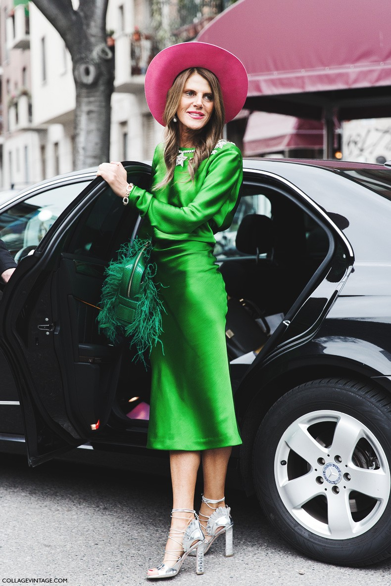 Milan_Fashion_Week-Fall_Winter_2015-Street_Style-MFW-Green_Anna_Dello_Russo-Pink_Coat-3