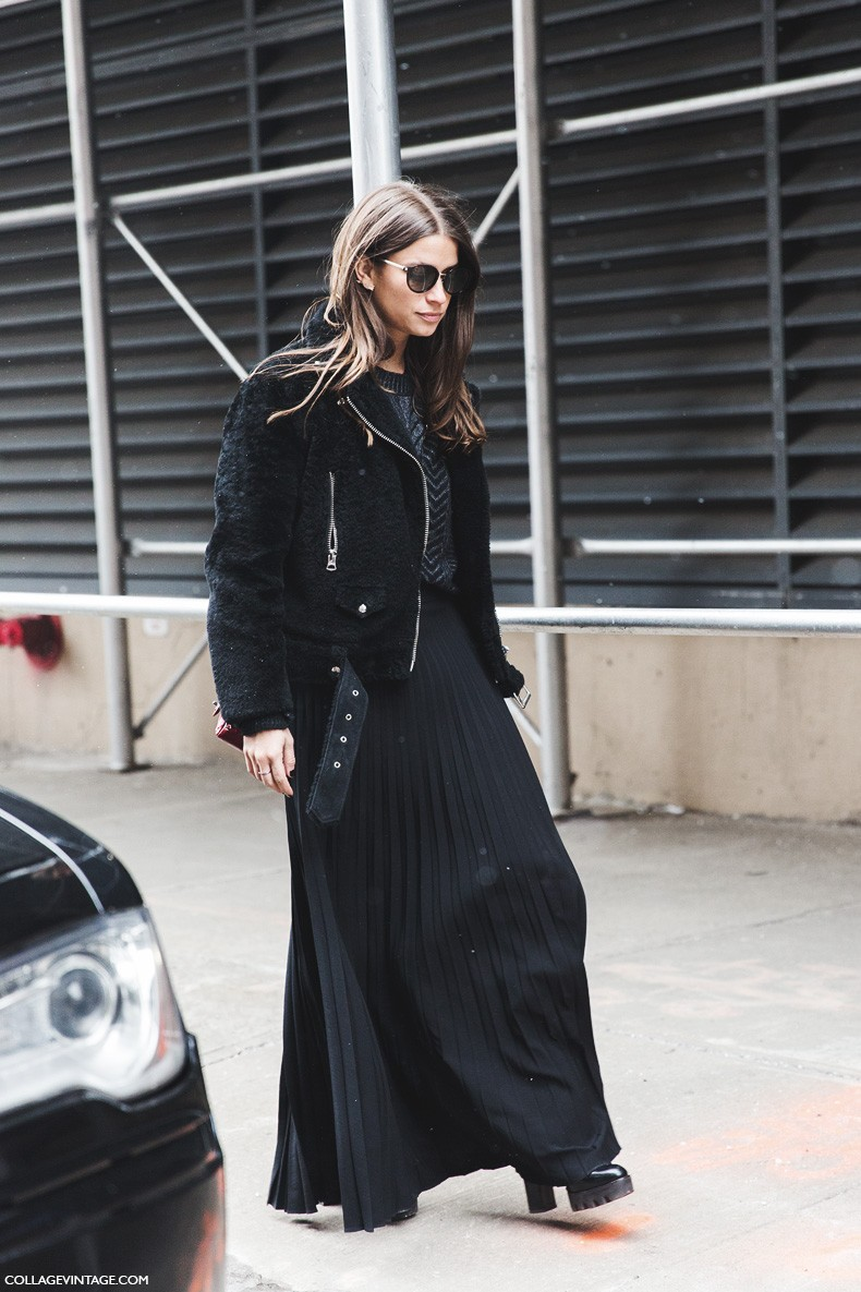 New_York_Fashion_Week-Fall_Winter_2015-Street_Style-NYFW-Amanda_Weiner-Pleated_Maxi_Skirt-Total_Black-Fur_Jacket-