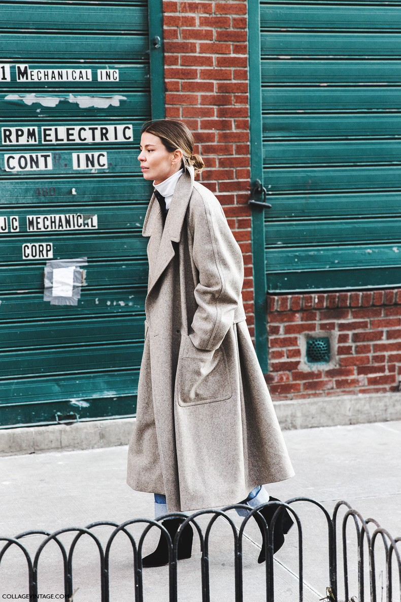 New_York_Fashion_Week-Fall_Winter_2015-Street_Style-NYFW-Camel_Coat-Turtle_Neck-Jeans-