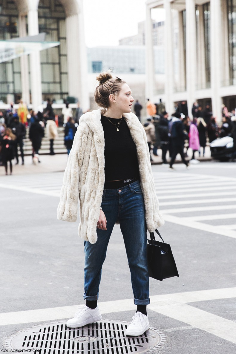 New_York_Fashion_Week-Fall_Winter_2015-Street_Style-NYFW-Fur_Coat-Nike_Bra-Air_Force-Sneakers-Jeans-Topknot-