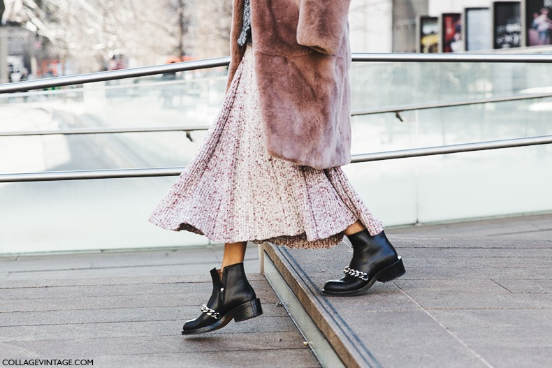 New_York_Fashion_Week-Fall_Winter_2015-Street_Style-NYFW-Givenchy_Boots-Fur_Coat-Midi_Pleated_Skirt-