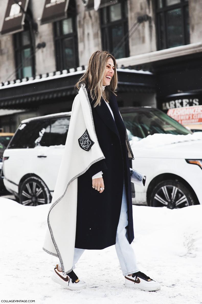 New_York_Fashion_Week-Fall_Winter_2015-Street_Style-NYFW-loewe_Cape-Nike-Sneakers-