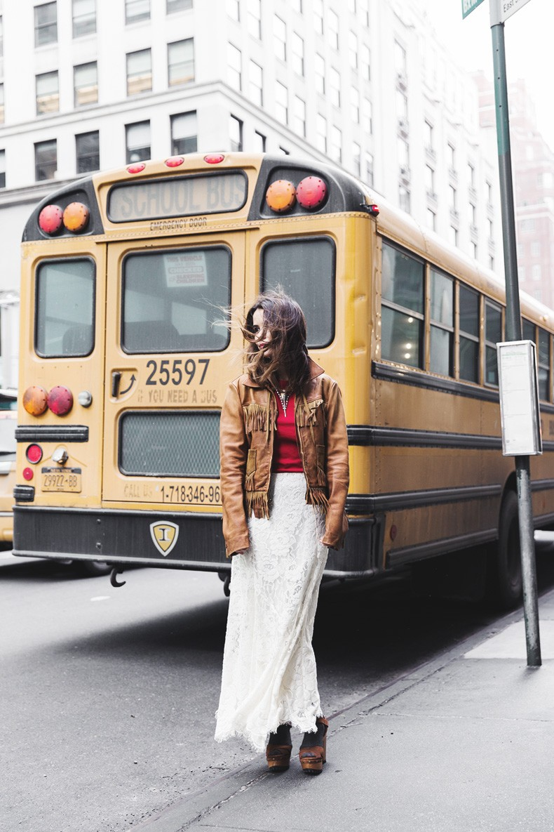 POLO_RALPH_LAUREN-NYFW-New_York_Fashion_Week-Suede_Fringed_Jacket-White_Lace_Skirt-Outfit-Street_Style-Collage_Vintage-14