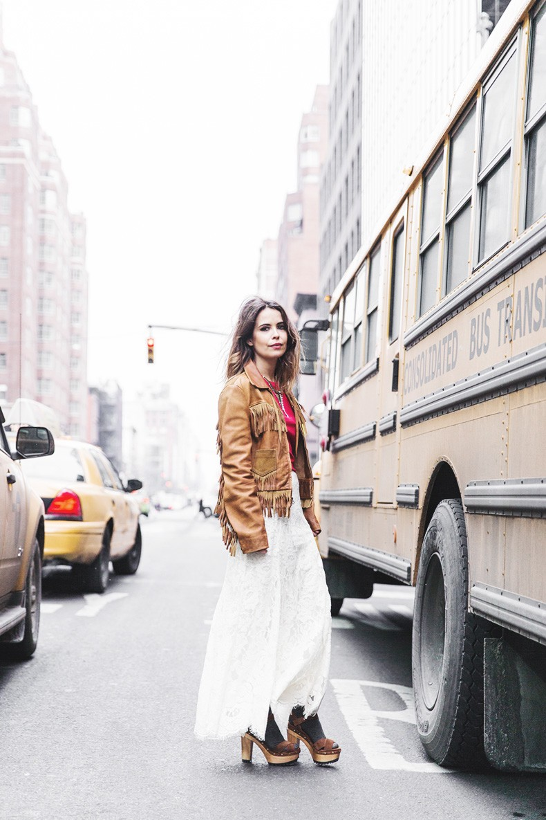 POLO_RALPH_LAUREN-NYFW-New_York_Fashion_Week-Suede_Fringed_Jacket-White_Lace_Skirt-Outfit-Street_Style-Collage_Vintage-24
