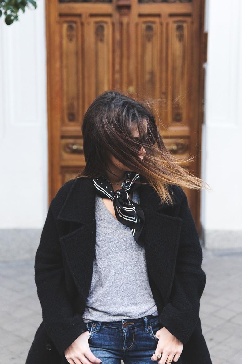 Scarf-Bandana-Ripped_Jeans-Leopard_Boots-Sita_Murt_Coat-Outfit-Street_Style-Collage_Vintage-10