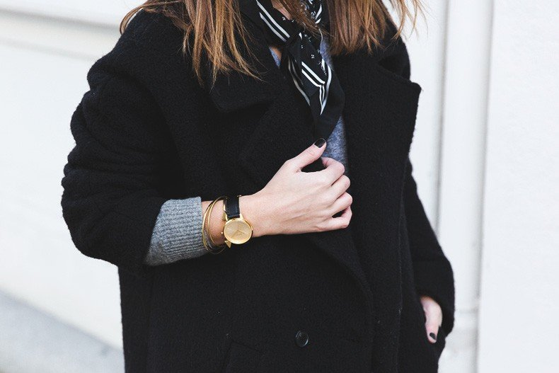 Scarf-Bandana-Ripped_Jeans-Leopard_Boots-Sita_Murt_Coat-Outfit-Street_Style-Collage_Vintage-40