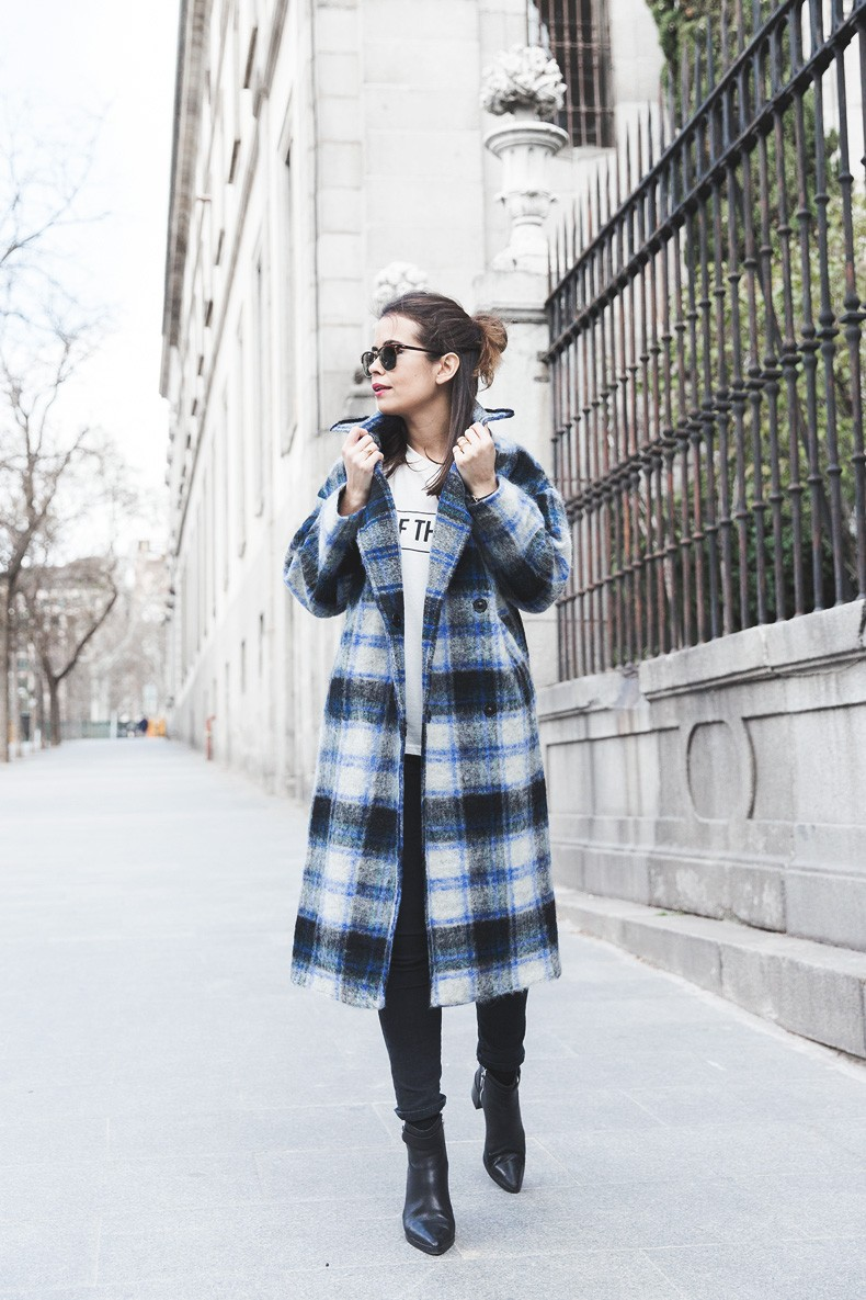 Checked_Coat-White_Top_Fashion_Pills-Ray_Ban-Asos-Street_Style-Collage_Vintage-Checked_Coat-White_Top_Fashion_Pills-Ray_Ban-Asos-Street_Style-Collage_Vintage-53