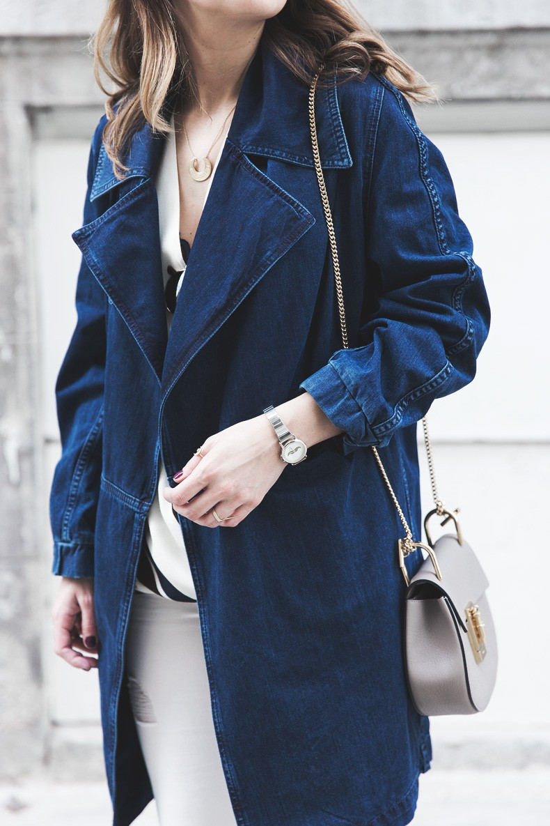 Denim_Jacket_Uterque-Striped_Blouse-Lace_Top-White_Ripped_JEans-Drew_Bag-Chloe-Outfit-Street_style-26