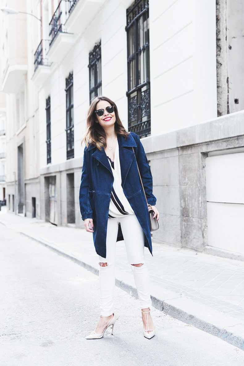 Denim_Jacket_Uterque-Striped_Blouse-Lace_Top-White_Ripped_JEans-Drew_Bag-Chloe-Outfit-Street_style-4