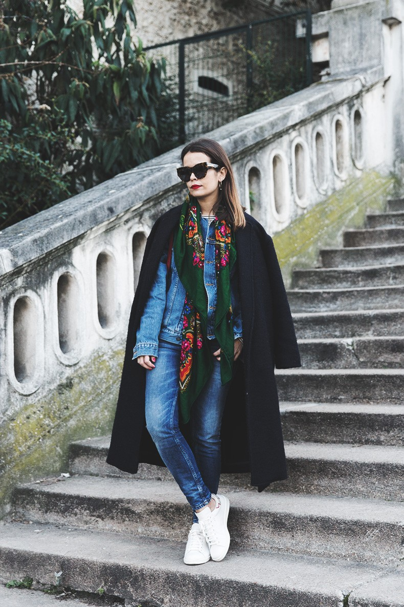 Double_Denim-Vintage_Scarf-ISabel_Marant_Sneakers-Striped_Top-PFW-Paris_Fashion_Week-Street_Style-