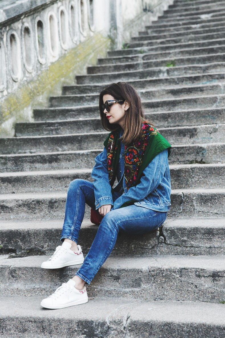 Double_Denim-Vintage_Scarf-ISabel_Marant_Sneakers-Striped_Top-PFW-Paris_Fashion_Week-Street_Style-12