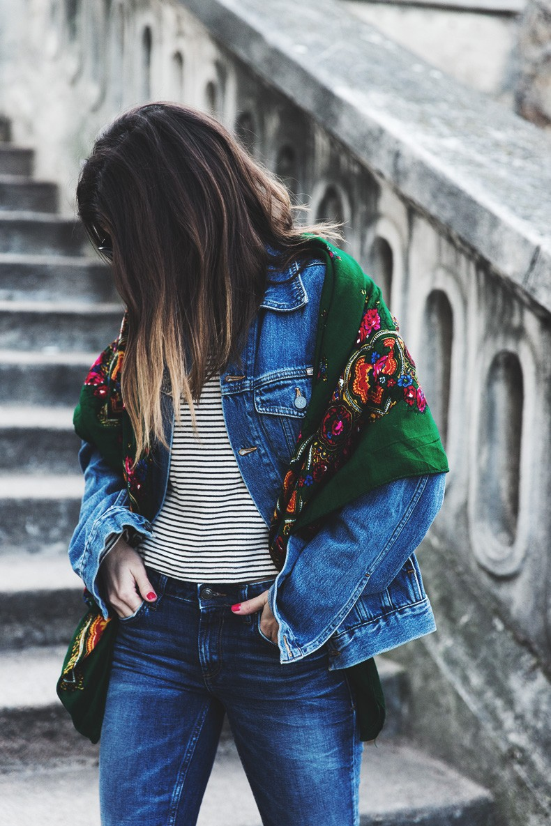 Double_Denim-Vintage_Scarf-ISabel_Marant_Sneakers-Striped_Top-PFW-Paris_Fashion_Week-Street_Style-24