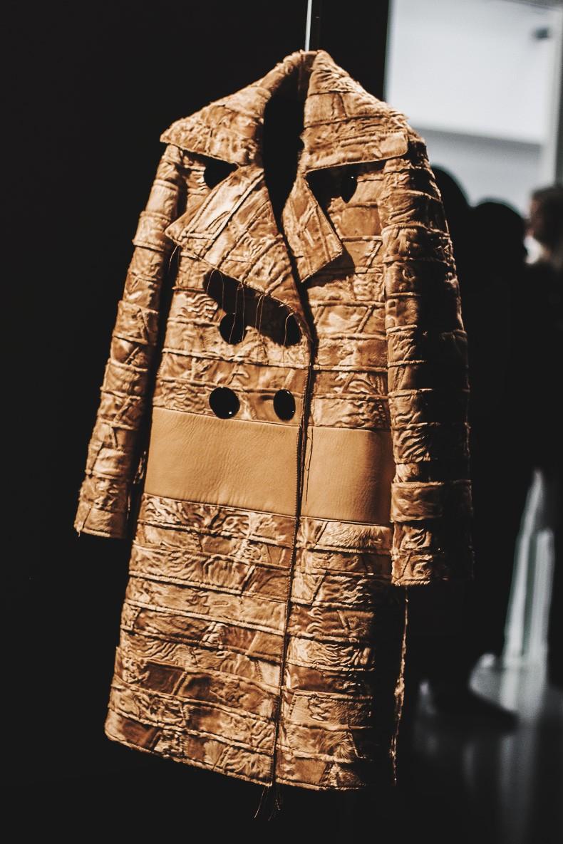 MFW-Milan_Fashion_Week-Calvin_Klein_Fall_Winter_2015_2016-Runway-11