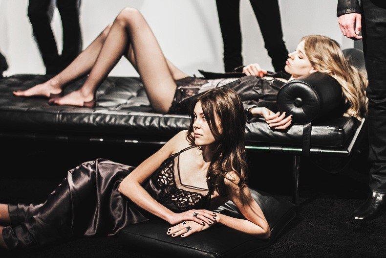 MFW-Milan_Fashion_Week-Calvin_Klein_Fall_Winter_2015_2016-Runway-24