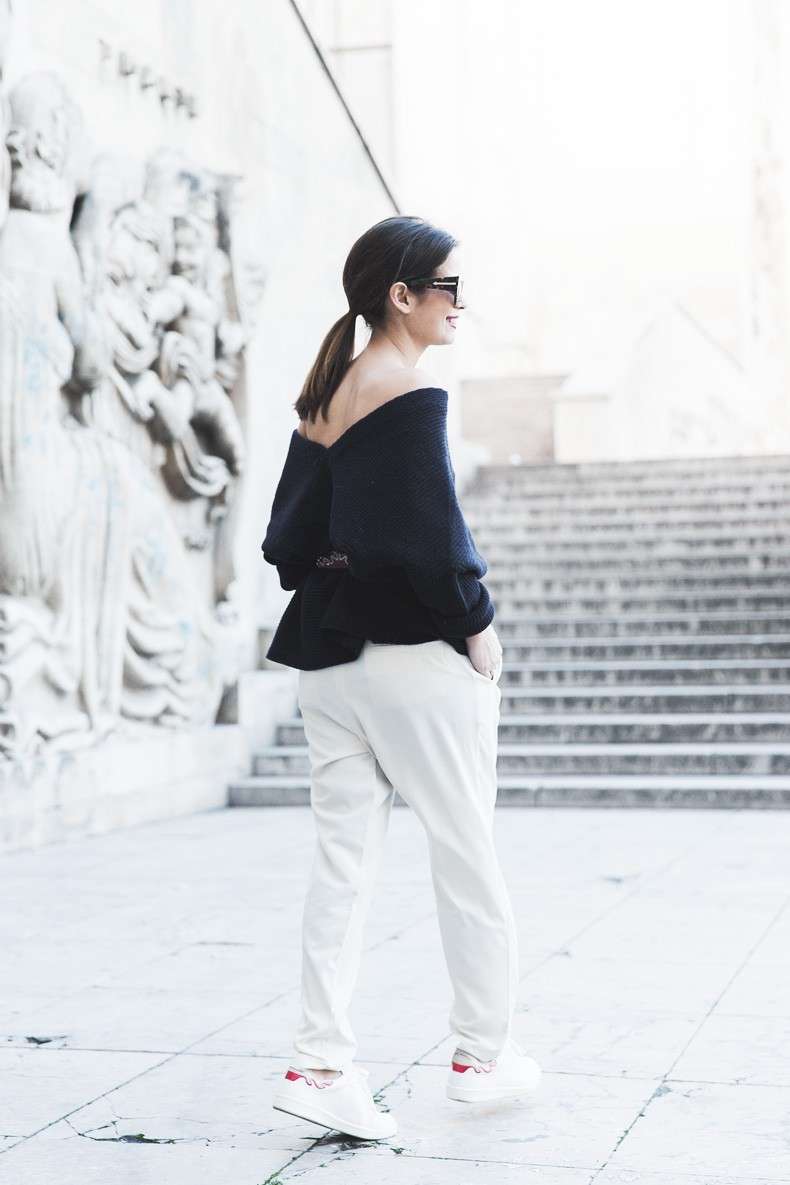 Off_The_Shoulders_Sweater-Outfit-Street_Style-PFW-Paris_Fashion_Week-22