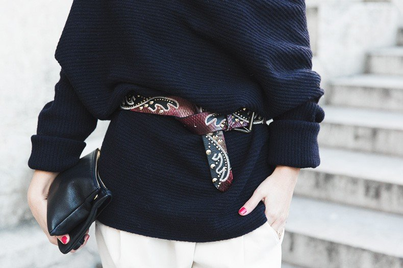 Off_The_Shoulders_Sweater-Outfit-Street_Style-PFW-Paris_Fashion_Week-23