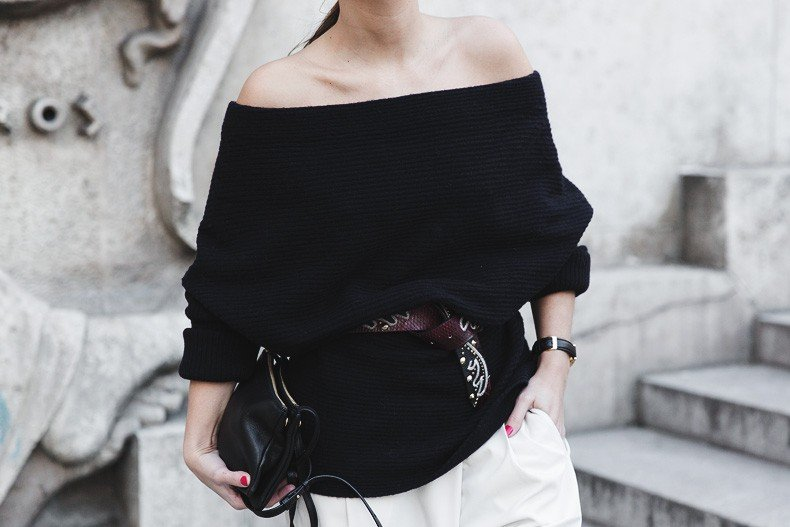 Off_The_Shoulders_Sweater-Outfit-Street_Style-PFW-Paris_Fashion_Week-27