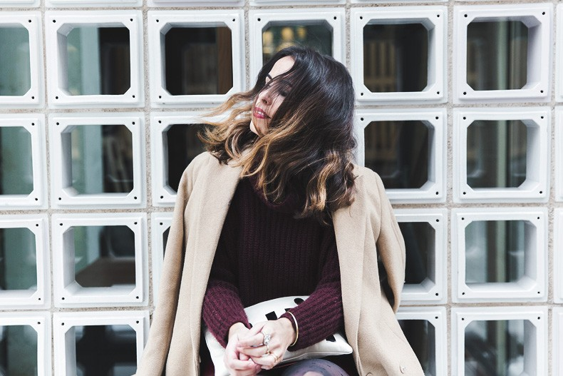 Oui_clutch-Clare_vivier-Burgundy_Total_Look-Street_style-Outfit-Collage_Vintage-51