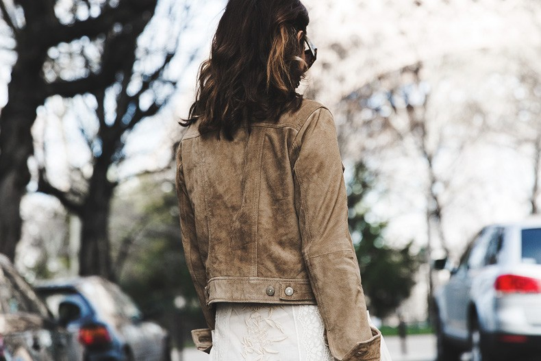 PFW_Paris_Fashion_Week-Tulle_Skirt-Suede_Jacket_Levis-Louis_Vuitton_Clogs_Shoes-Outfit-Street_Style-65