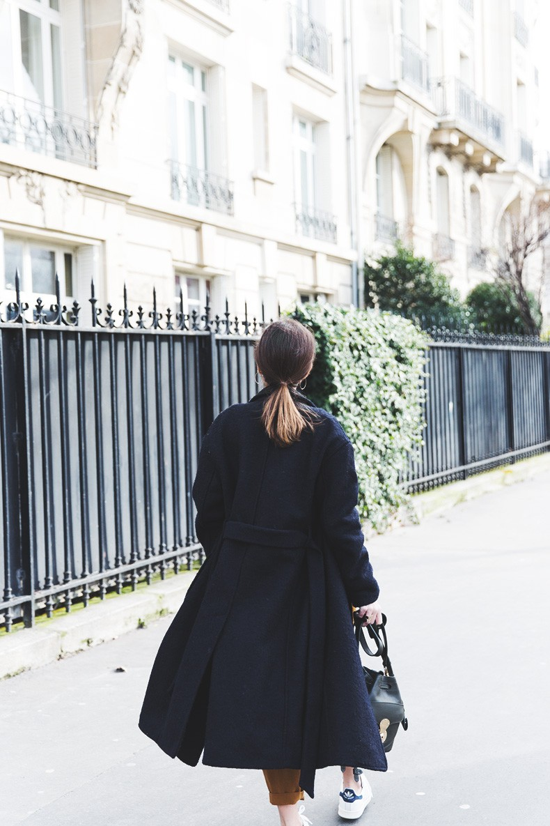 Paris-Green_Sweater-Orange_Trousers-Adidas_Stan_Smith-Ralph_Lauren_Bag-Ricky_Drawsting_Bag-Outfit-Street_Style-PFW-Maxi_Coat-2