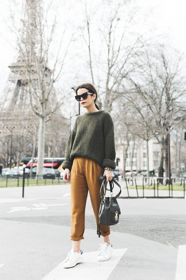 Paris-Green_Sweater-Orange_Trousers-Adidas_Stan_Smith-Ralph_Lauren_Bag-Ricky_Drawsting_Bag-Outfit-Street_Style-PFW-Maxi_Coat-67
