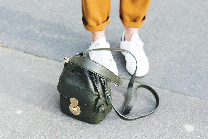 Paris-Green_Sweater-Orange_Trousers-Adidas_Stan_Smith-Ralph_Lauren_Bag-Ricky_Drawsting_Bag-Outfit-Street_Style-PFW-Maxi_Coat-90