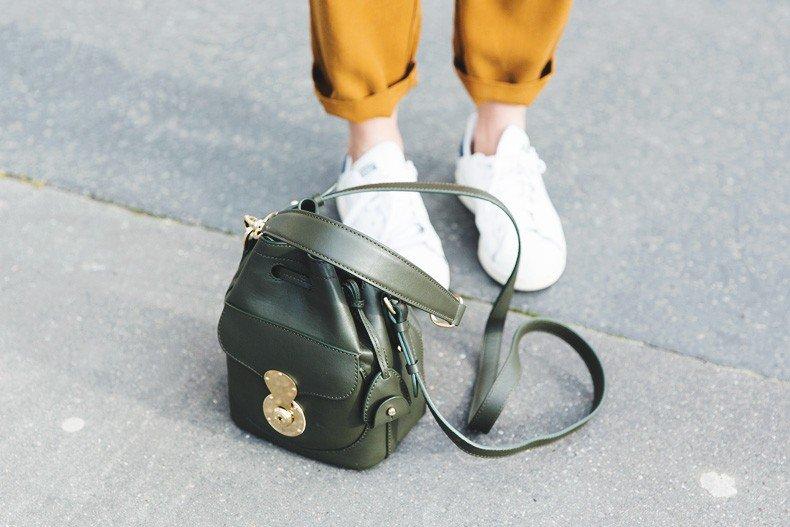 Paris-Green_Sweater-Orange_Trousers-Adidas_Stan_Smith-Ralph_Lauren_Bag-Ricky_Drawsting_Bag-Outfit-Street_Style-PFW-Maxi_Coat-90
