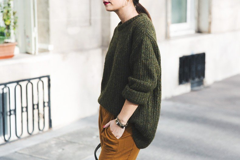 Paris-Green_Sweater-Orange_Trousers-Adidas_Stan_Smith-Ralph_Lauren_Bag-Ricky_Drawsting_Bag-Outfit-Street_Style-PFW-Maxi_Coat-93