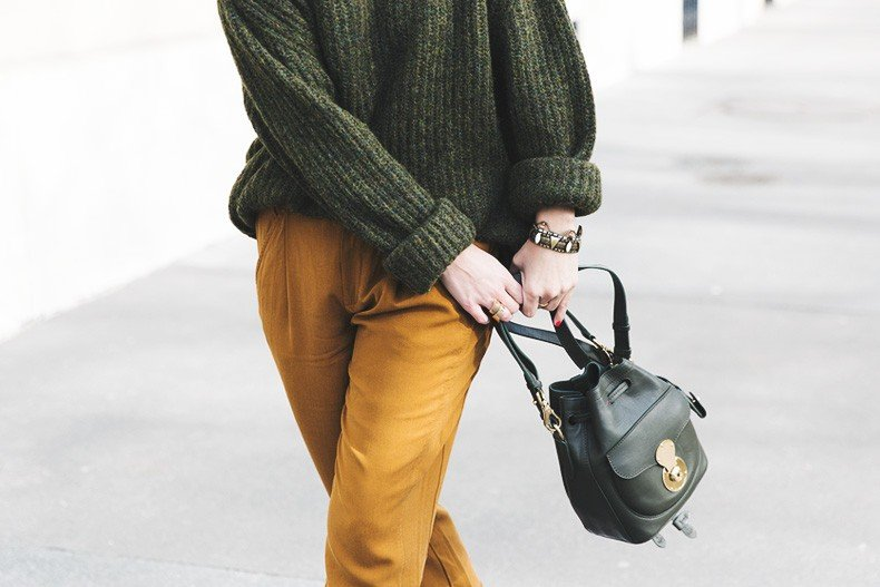 Paris-Green_Sweater-Orange_Trousers-Adidas_Stan_Smith-Ralph_Lauren_Bag-Ricky_Drawsting_Bag-Outfit-Street_Style-PFW-Maxi_Coat-94