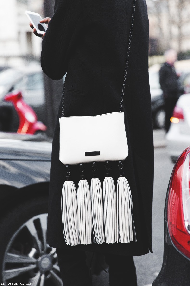 Paris_Fashion_Week-Fall_Winter_2015-Street_Style-PFW-Black_And_White-Fringed_Bag-