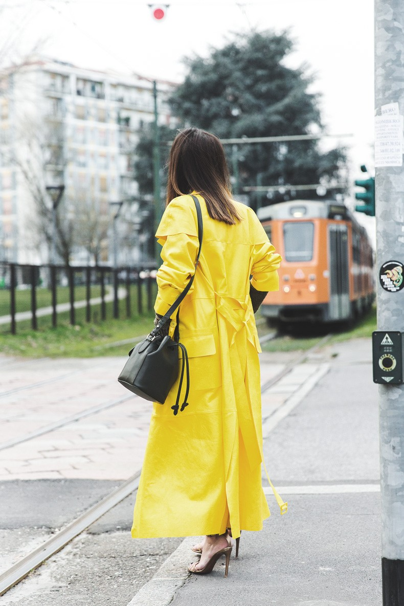 Ralph_Lauren_Spring_Summer_2015-Yellow_Leather_Trench-Suede_Cargo-trousers-Khaki-Outfit-MFW-Milan_Fashion_Week-Collage_Vintage-Street_Style-6
