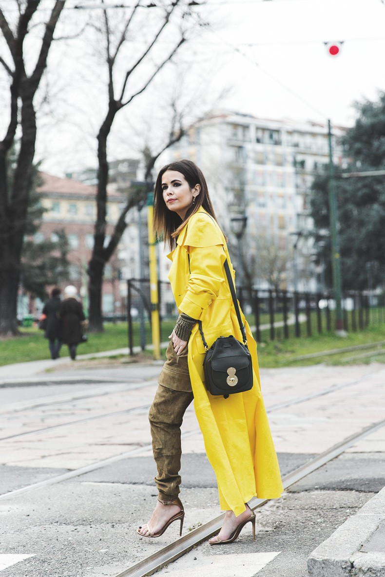 Ralph_Lauren_Spring_Summer_2015-Yellow_Leather_Trench-Suede_Cargo-trousers-Khaki-Outfit-MFW-Milan_Fashion_Week-Collage_Vintage-Street_Style-9