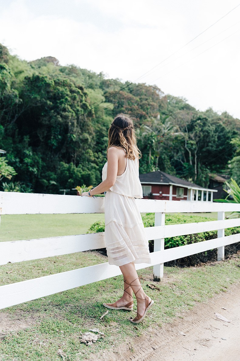 Anini_Beach-Lace_Up_Espadrilles-Revolve_Clothing-Free_People-Nude_Dress-Outfit-Collage_Vintage-Kauai-42