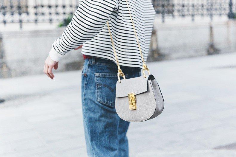 Bandana_Belt-Striped_Sweatshirt-Levis_Vintage-Red_Sandals-Outfit-Chloe_Drew_Bag-Street_Style-Collage_Vintage-39