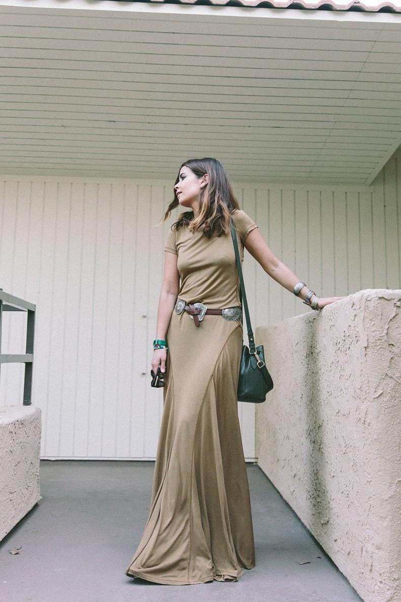 Coachella_2015-Music_Festival-Khaki_Maxi_Dress-Polo_Ralph_Lauren-Cowboy_Belt-Outfit-Street_Style-Festival_Look-1