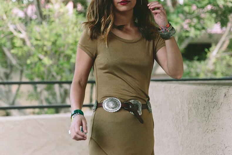 Coachella_2015-Music_Festival-Khaki_Maxi_Dress-Polo_Ralph_Lauren-Cowboy_Belt-Outfit-Street_Style-Festival_Look-43