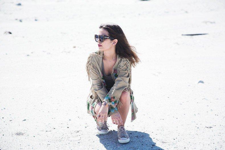 Coachella_Music_Festival-Fringed_Jacket-Polo_Ralph_Lauren-Vintage_Levis-Outfit-Festival_Look-Street_Style-24
