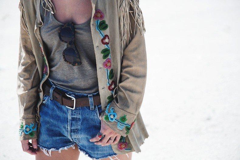 Coachella_Music_Festival-Fringed_Jacket-Polo_Ralph_Lauren-Vintage_Levis-Outfit-Festival_Look-Street_Style-31