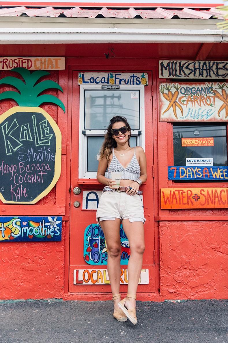 Crochet_Top-Levis_Vintage-Espadrilles-Revolve_Clothing-Maje_Belt-Outfit-Hawai-Kauai-Collage_Vintage-46