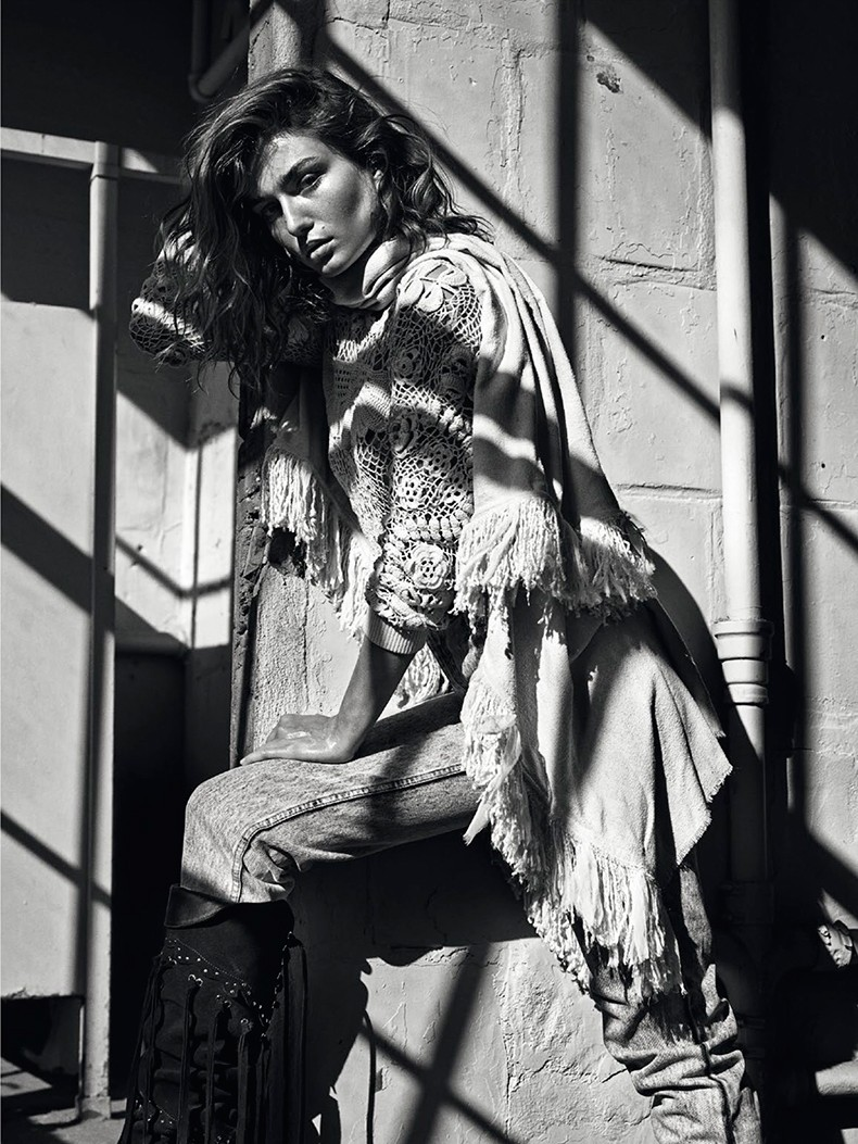 Editorial-Andreea_diaconu-vogue_paris_March_15-3