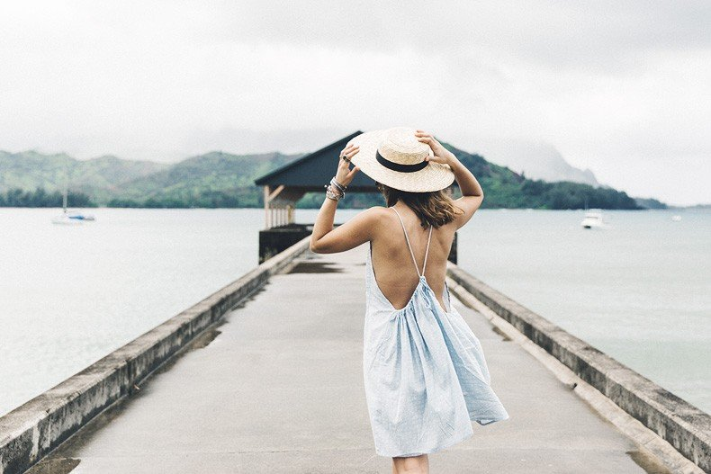 Hanaley_Bay-Kauai-Hawai-Travels-Tips-Sabo_Skirt_Dress-Straw_Hat-Lack_Of_Color-Outfit-Beach-Collage_Vintage-12
